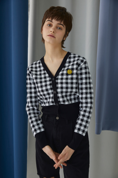 SM:]E PATCH FEMALE CROP CARDIGAN BLACK CHECK