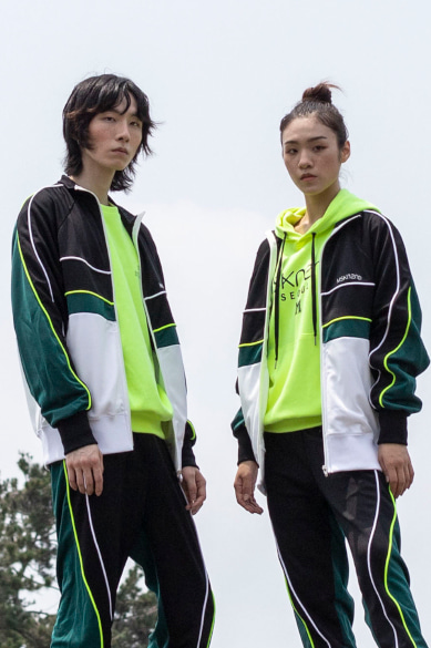 [오연서 착용] COLOR BLOCK TRACK JACKET DEEP GREEN