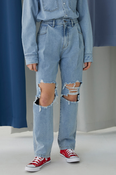 BACK BANDING FEMALE DISTRESSED DENIM PANTS LIGHT BLUE