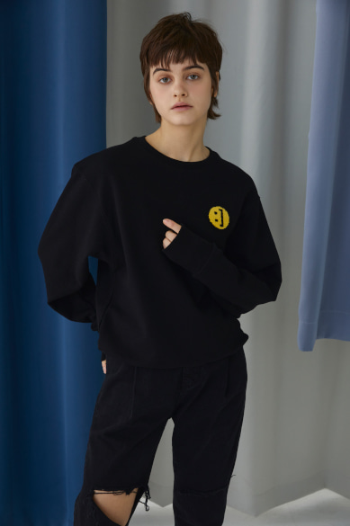 SM:]E PATCH SWEATSHIRT BLACK