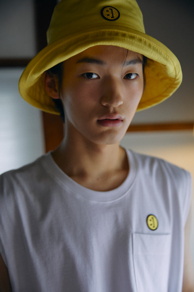 SM:]E BUCKETHAT YELLOW