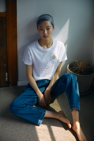 [7/15일 예약배송] SM:]E PATCH CROP T-SHIRT WHITE